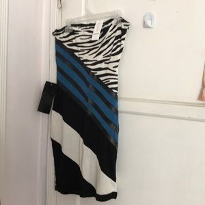 BEBE Strapless Dress with Amazing colors